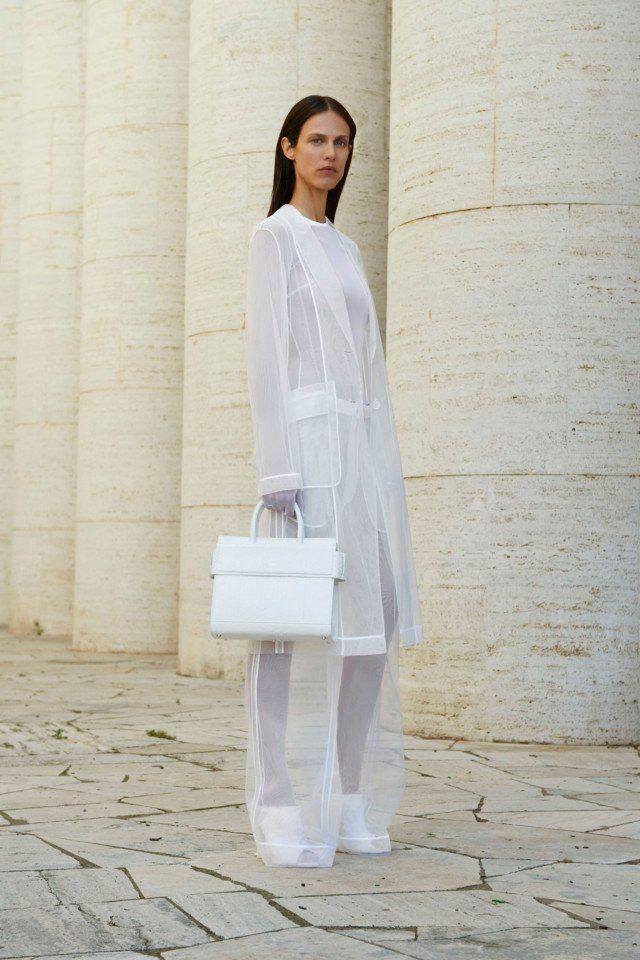 Givenchy  #VogueRussia #resort #springsummer2018 #Givenchy #VogueCollections