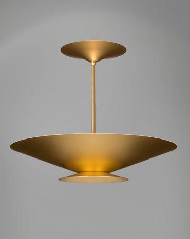 A La Lampe introduz um novo olhar sobre o universo da iluminação residencial. Ao oferecer soluções completas, do projeto à instalação, e uma linha de produtos em sintonia com as tendências internacionais , tornou-se líder de seu mercado e uma ref