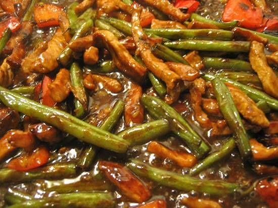 Chinees varkensvlees, bonen, paprika, gember, oestersaus Zelf bedacht/eigen recept   Smulweb