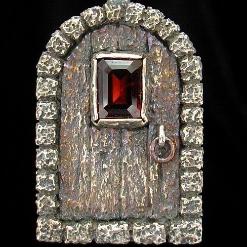 17 best images about clay houses on pinterest fairy for Secret fairy doors by blingderella