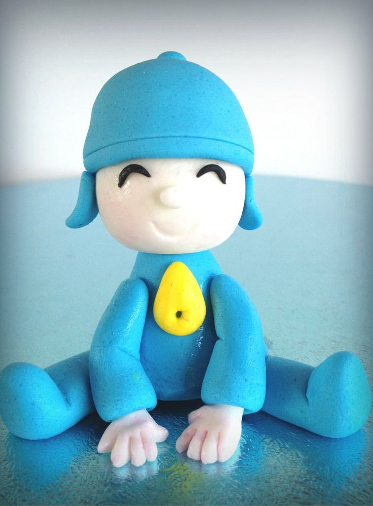 Pocoyo+inspired+cake+decoration++Edible+fondant+by+WorldDrops,+€20.00
