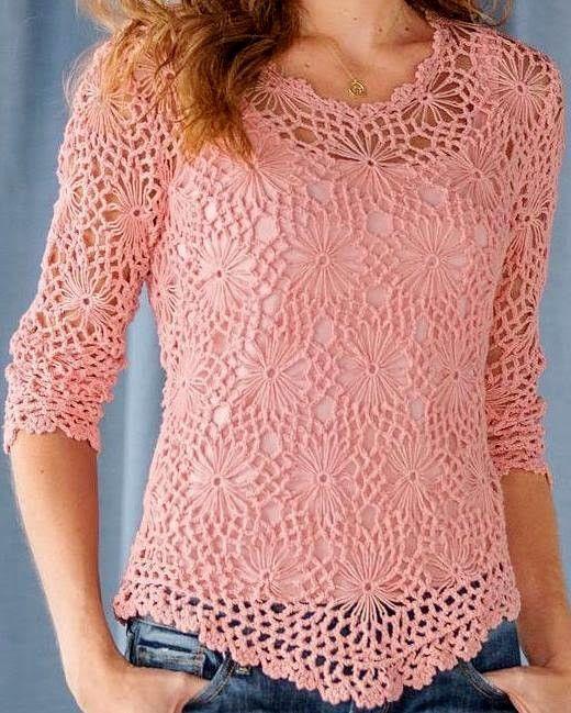 Favolosa maglietta rosa composta da quadretti con fiore che si puo lavorare sia con telaio che con uncinetto come presentato sul tutorial passo-passo seguente.