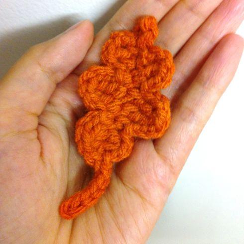 free crochet pattern for this oak leaf