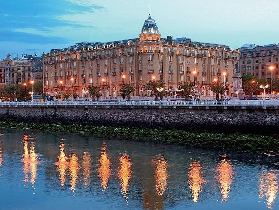 San Sebastian: Hotel Maria Cristina - my husband has points with this hotel group - yipee!