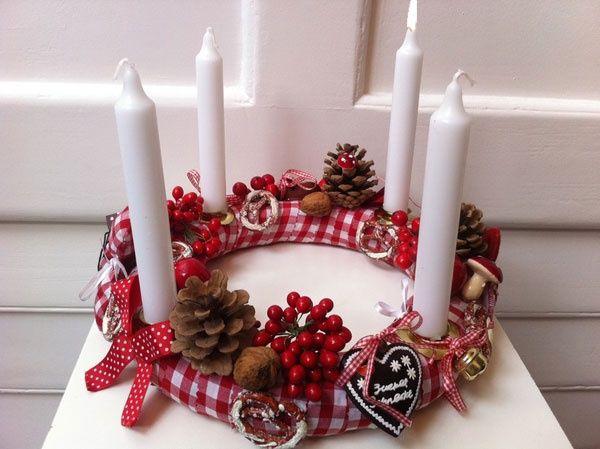 200 mejores im genes sobre navidad en pinterest mesas - Como decorar la corona de adviento ...