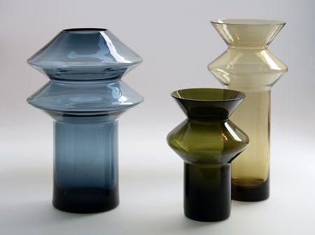 Helena Tynell; 'Hyrrä' (Spinning Top) vases, k./h 150, 235, 225 mm. Riihimäen Lasi Oy, 1960's