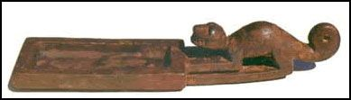 Atacameños - La llegada de elementos de la Cultura Tiwanaku, se presenta sobre todo por detalles en los ritos y cermonias espirituales