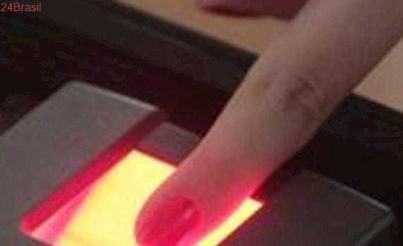 Biometria deve chegar a todos eleitores até 2020, diz Gilmar Mendes