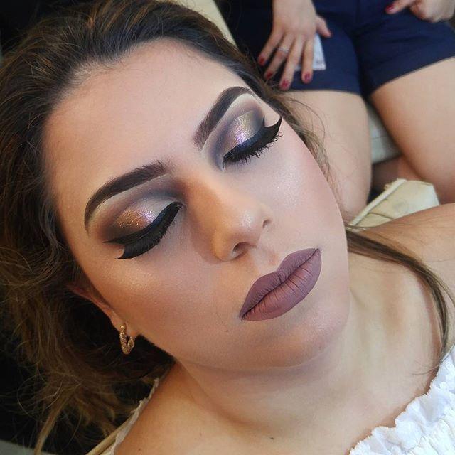 Um toque PRAIANO nesse Makeup que só o @spetaculohairstetic  tem! ACEITA!   #bride #bridal #wedding #weddingday #bridetobe #bridesmade #anastasiabeverlyhills #universodamaquiagem_oficial #universodasnoivas #maquiagem #Makeup #makeupmanaus #macmanaus #Mac #mfmaquiagem #maquiagembrasil #Manaus #Amazonas #formatura #formanda #maquiagemdenoiva #cilios #esfumado #makeupartist #auroramakeup #rpraiano #noiva #casamento