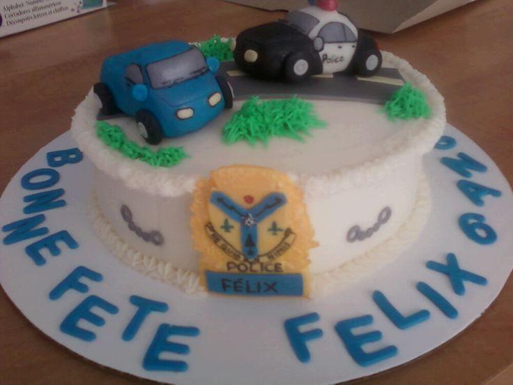 gâteau auto de police