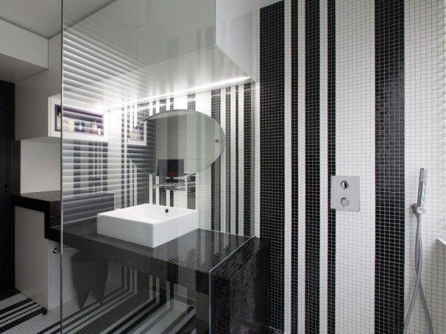 les 25 meilleures id es de la cat gorie salle de bains sous les escaliers sur pinterest. Black Bedroom Furniture Sets. Home Design Ideas