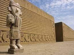 218 – (1539 - 7 de Mayo) La Dote. Estando en el Cusco (Yucay), Francisco Pizarro otorga a su hija Francisca (nacida en 1534) el cacicazgo de Chimú (1.000 tributarios) y las encomiendas de Conchucos (800 tributarios) y de Huaylas (3.000 tributarios), esta ultima correspondía al curacazgo de Contarhuacho la abuela materna de Francisca.