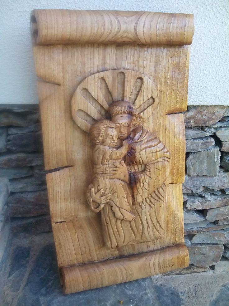 Santo António, madeira de castanho/ Chestnut wood
