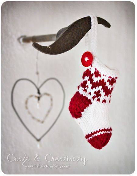 Dagens pyssel, små julstrumpor – Craft of the Day, miniature christmas stockings | Craft & Creativity