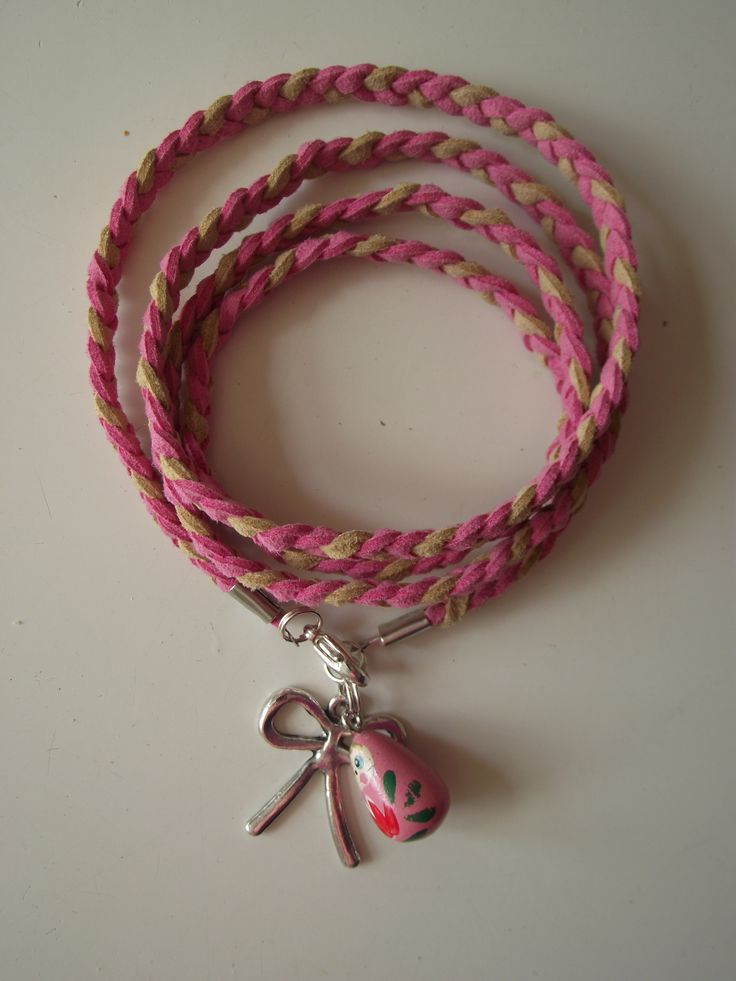 bracelet pink