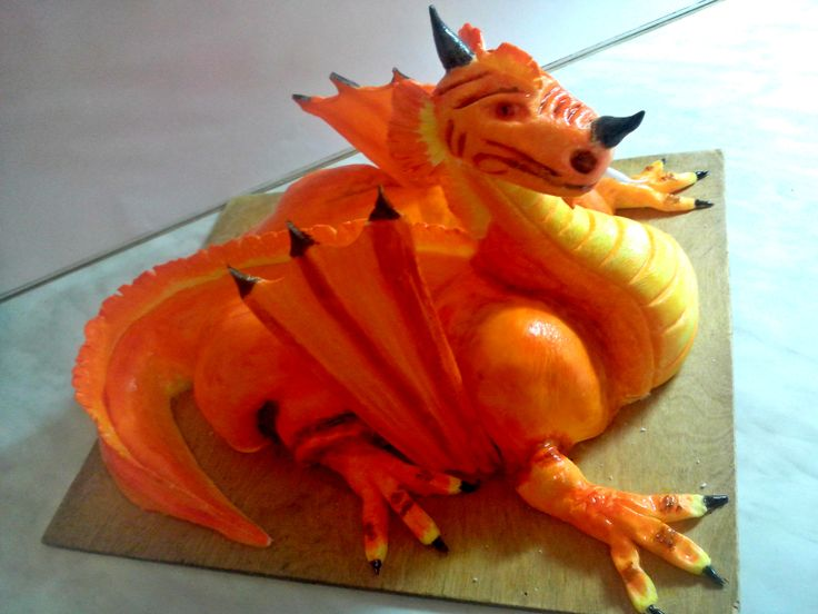 Dragon cake for my cousin