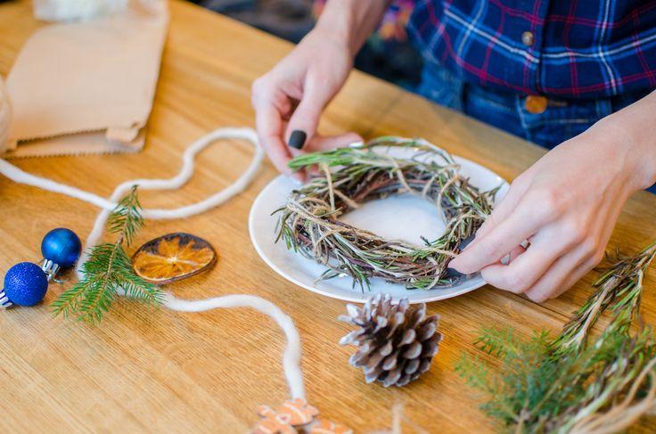 Decorating your Christmas dinner table  - Natvia.com