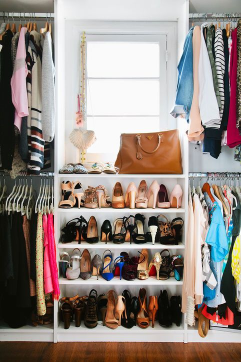 omg I want this closet!