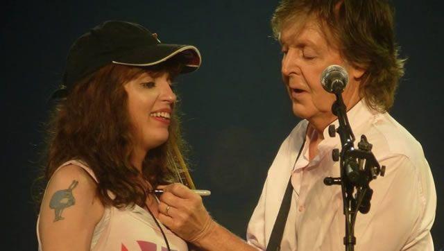 Quand Paul McCartney aide une jeune femme à faire son coming-out  #paulmccartney #oneonone #duluth