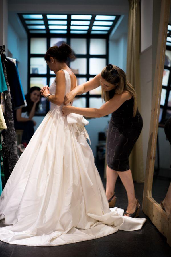 Alkmini atelier, bridal fitting.  www.alkmini.info