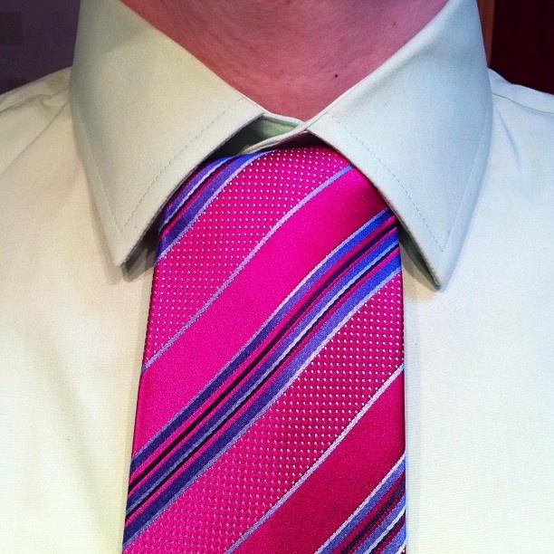 Onassis Tie Knot - How to Tie an Onassis Necktie Knot Vidoe