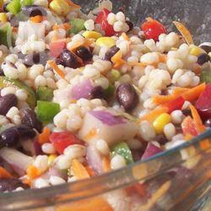 Gezonde Salade Met Gerst En Zwarte Bonen