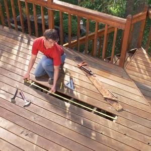 Easy fixes for common deck problems like rotten boards, wobbly railings and loose nails. Plus, see how to stiffen a bouncy, wobbly deck