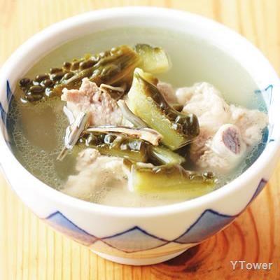 苦瓜排骨湯食譜 - 豬肉料理 - 楊桃美食網 專業食譜