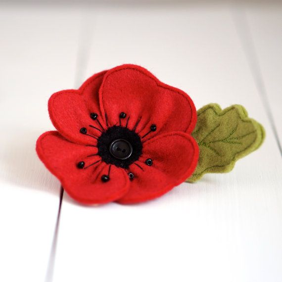Handmade Felt Poppy Brooch by rosiebulldesigns on Etsy