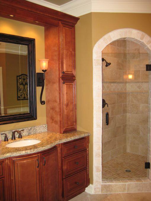 De 25 bedste id er inden for tuscan bathroom decor p for Tuscan style bathroom ideas