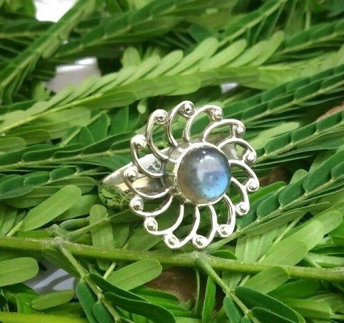 Gypsy,Dainty Ring Blue Fire Pear Silver Ring Statement Pear Labradorite Gemstone Labradorite Ring 925 sterling Silver Adjustable Band