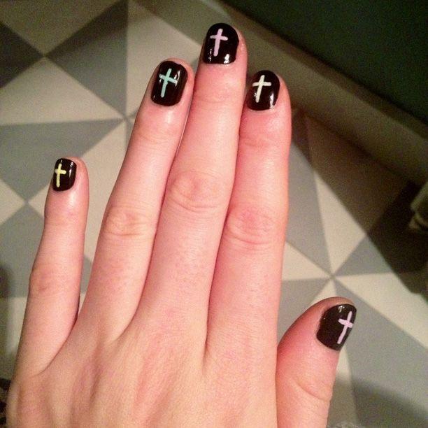 Jen Brill Nails It In Miami | Into The Gloss