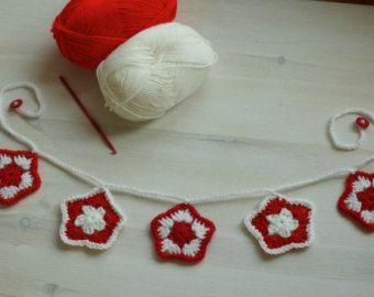 Christmas crochet garland - Handmade Stars garland by Melinda Pix
