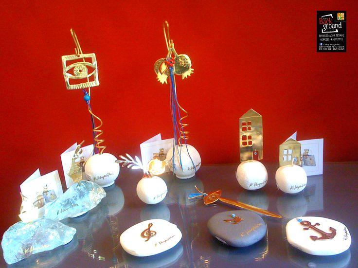 """Νέες αφίξεις! Για το """"ΚΑΛΟ του ΜΗΝΑ"""", με #χειροποίητα #πρες #παπιέ απο μπρούντζο και γυαλί εξαιρετικής ποιότητας & τεχνικής! Ιδανικά για ξεχωριστά #επαγγελματικά αλλά και #προσωπικά #δώρα!"""