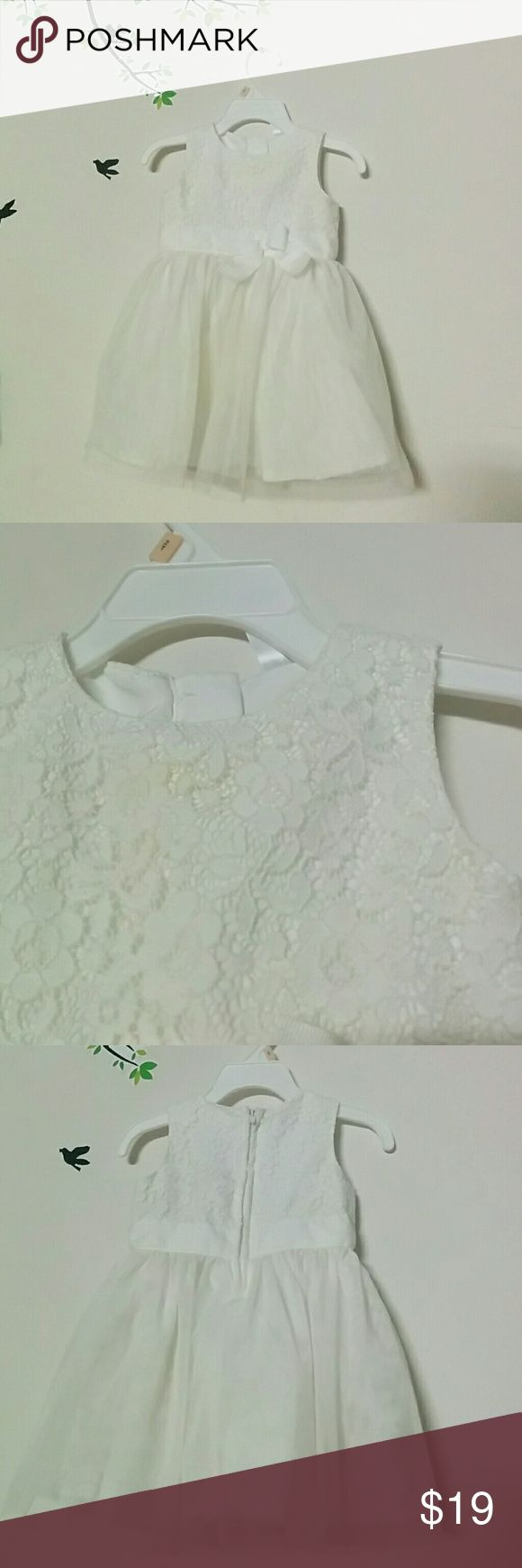 Carter's baby girl dresses 9 months. Pretty froks for 9 months old princess. Worn gently on special occasions. Carter's Dresses