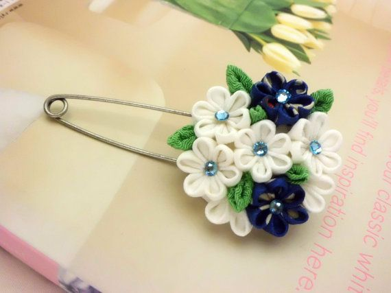 Hey, I found this really awesome Etsy listing at https://www.etsy.com/listing/200681216/flower-scarf-pin-blue-white-flower