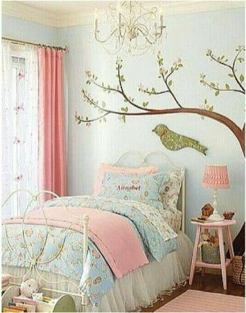 Bedroom. A sweet little bird's nest for a sweet young lady ♥