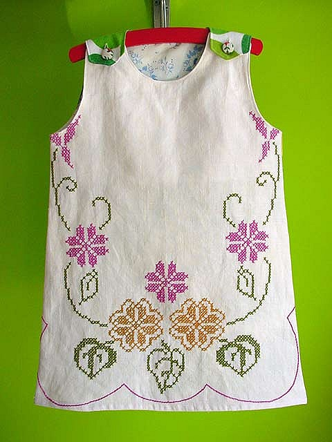 vintage embroidered fabric dress