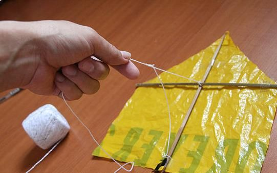 Vlieger van een plastic tas - www.activitheek.nl