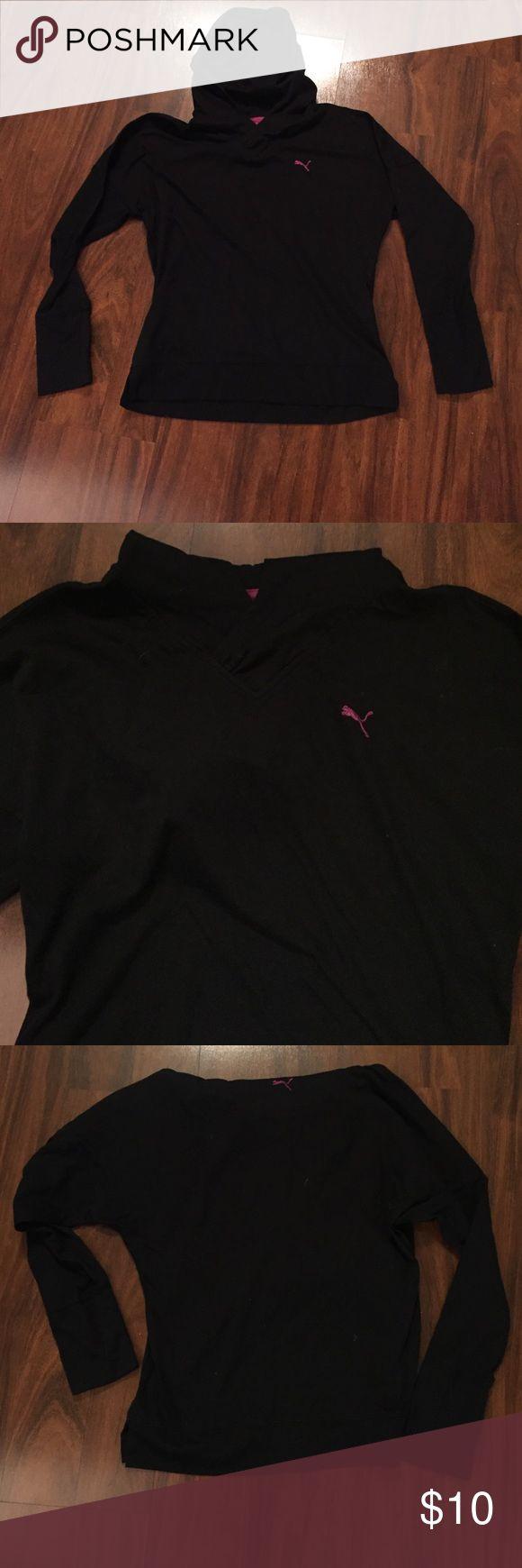 🎉weekend sale🎉Hooded Puma Shirt/light sweatshirt Hooded Puma Shirt or light sweatshirt.  Black in color. Puma Tops