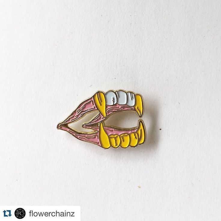 #Repost @flowerchainz BLING BLING VAMPIRE GRILLZ Tons of new stuff up in the shop! Art by the infamous @onmyknees4god Hit Ricky up for some commission work!! #graphicdesigner Order now at FLOWERCHAINZ.US #bling #blingbling #cute #kawaii #vampire #grillz