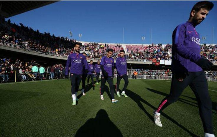 Sem Messi, Barcelona realiza treino aberto, e Neymar é destaque #globoesporte