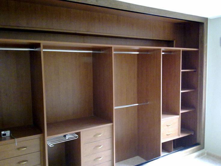 Mejores 14 im genes de interiores armarios en pinterest - Distribucion de armarios roperos ...