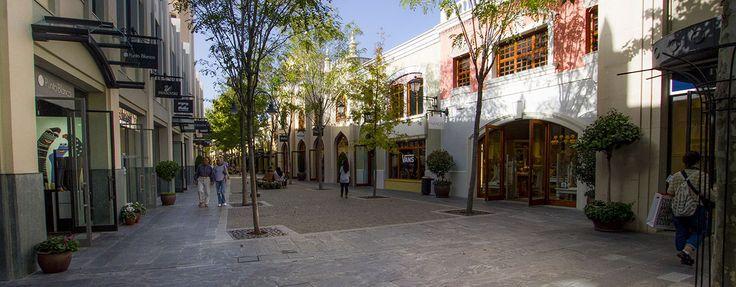 Engel & Völkers - Spain - Las RozasMadrid Las Rozas - http://www.ucarecdn.com/975377f5-e091-4725-a276-8cb8b30102d2/-/crop/1280x500/0,0/