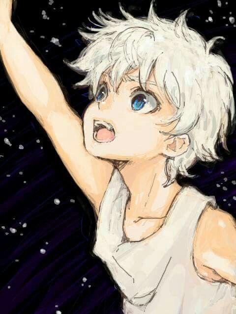 Baby Anime boy with white hair fotos