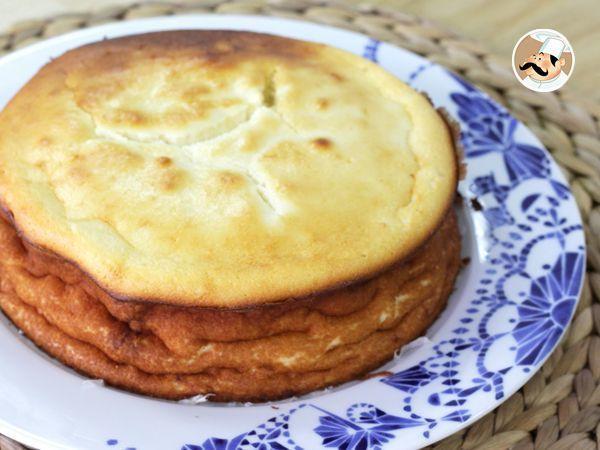 Una super receta de queso cremoso con sólo 4 ingredientes! Se hace hasta con los ojos cerrados :) Te animas? - Receta Postre : Tarta de queso por Petitchef_oficial