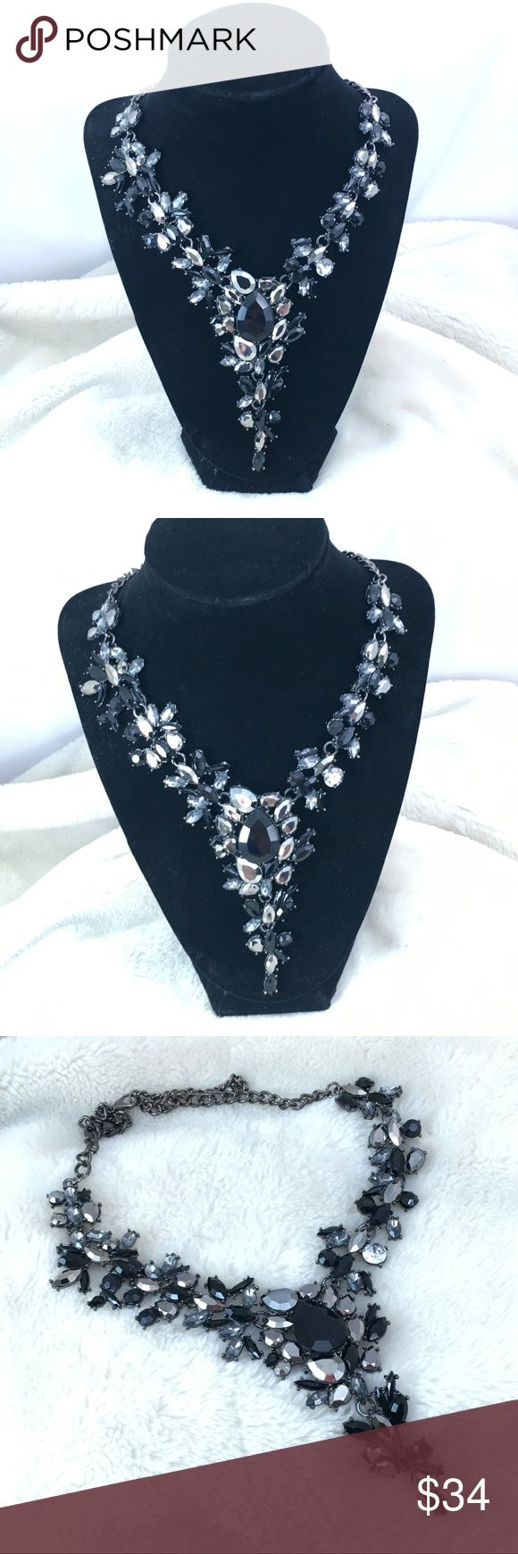 NEW Black Silver Crystal Statement Event Necklace Crystal Statement Necklace for Prom, Pageant and Special Events, Formals   This is a lightweight acrylic set.  Very dramatic yet lightweight! Jewelry Necklaces