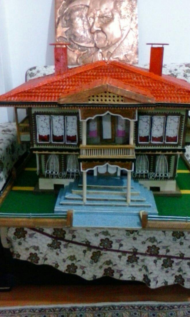 El yapimi ahsap ev ve bakir isleme Ataturk