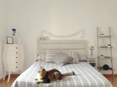 teen bedrooms   Love the Cure cupboard!