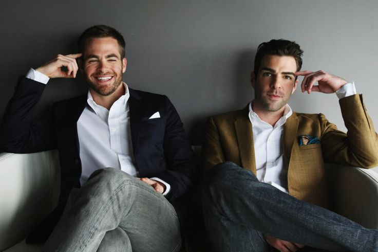 cuties.Zachary Quinto, Movie Stars, Men Fashion, Stars Trek, Startrek, Spock, Chris Pine, People, Star Trek